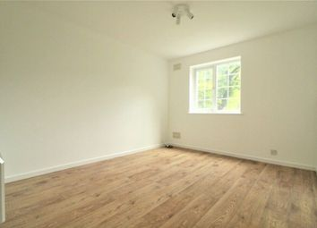 1 bed maisonette to rent in College Gardens, Wandsworth, London SW17