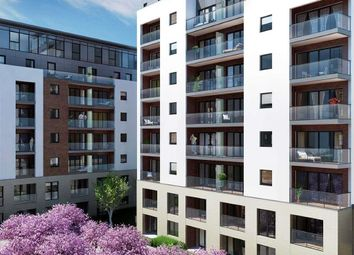 Thumbnail 1 bed flat for sale in Kew Bridge Road, Kew, Brentford