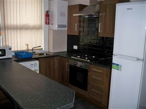 Thumbnail 4 bed terraced house to rent in Welton Place, Hyde Park, Four Bed, Hyde Park, Leeds