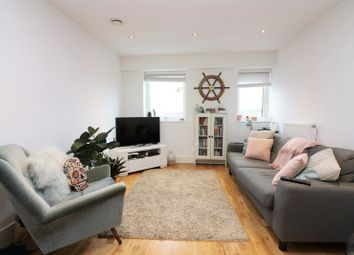 Thumbnail 1 bedroom flat to rent in Jubilee Court, Greenwich