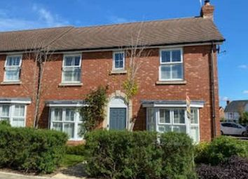 Lancer Drive, Kings Hill, West Malling ME19. 4 bed semi-detached house