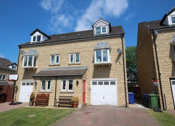 Thumbnail 3 bed town house for sale in Holmefield Gardens, Barrowford, Lancashire