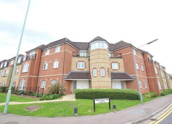 Thumbnail 1 bed flat to rent in Wellsfield, Bushey