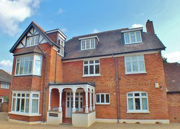 Thumbnail 1 bed flat to rent in Pembroke Road, Woking