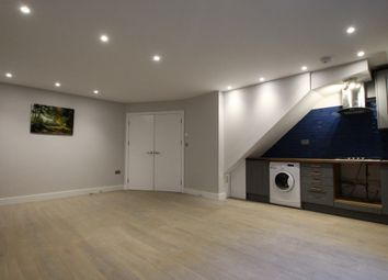 1 bed flat for sale in Hornsey Road, London N19