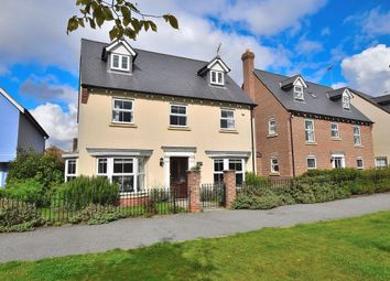 Thumbnail 5 bedroom detached house for sale in Felstead Crescent, Stansted