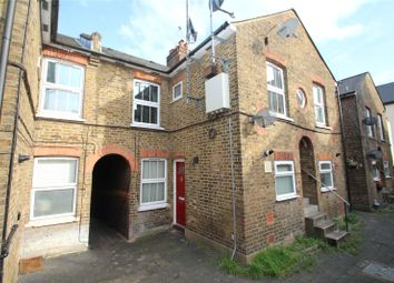 1 bed maisonette for sale in London Road, Apsley, Hemel Hempstead, Hertfordshire HP3