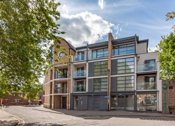 Thumbnail 1 bed flat for sale in Littlegate Street, Central Oxford