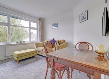 Goring Way, Greenford UB6. 2 bed maisonette