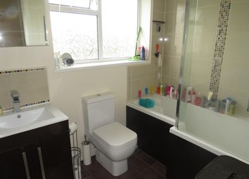 Thumbnail Property to rent in Vandyke Road, Oadby, Leicester