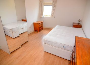 Thumbnail 4 bed shared accommodation to rent in Crews Street, London