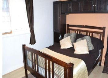 Thumbnail 2 bed flat to rent in Brambledown Road, Wallington