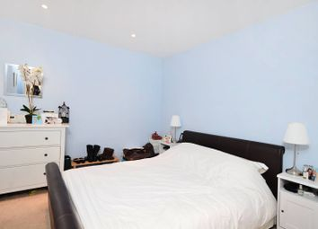 2 bed maisonette to rent in Warwick Road, Kensington, London W148Ps W14