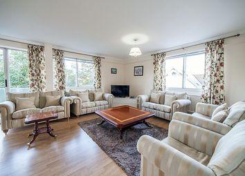 3 bed flat to rent in Durrels House, Warwick Gardens, Kensington, London W14