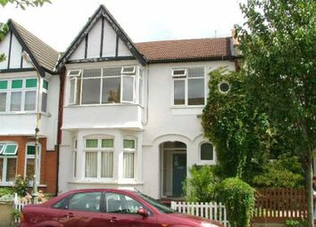 Thumbnail 2 bed flat to rent in Leigh Hall Road, Leigh-On-Sea, Essex