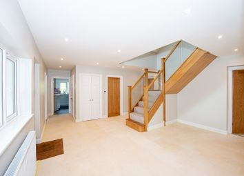 Thumbnail 5 bed detached house to rent in London Road, Petersfield