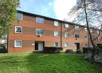 Thumbnail Flat to rent in High Hazels Mead, Sheffield