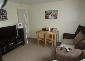 Thumbnail 1 bed flat to rent in Donnington Road, London