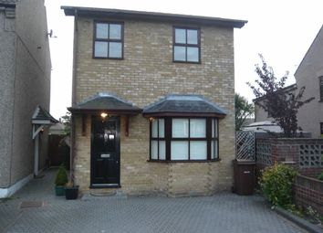 Thumbnail 3 bed detached house to rent in Mill Road, Aveley, Essex