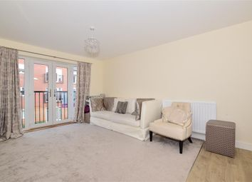 2 bed property for sale in Mole Crescent, Faygate, West Sussex RH12