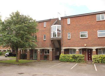 Thumbnail 2 bed flat to rent in Eynsham Way, Basildon, Essex