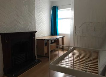 Thumbnail 6 bed property to rent in Fairoak Road, Roath