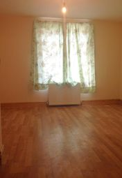 Maisonette to rent in Goldbeaters Grove, Edgware HA8