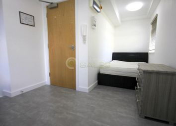 Thumbnail Studio to rent in 2A Burnside Road, Chadwell Heath, Dagenham