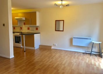 Thumbnail Studio to rent in Lancaster Road, London