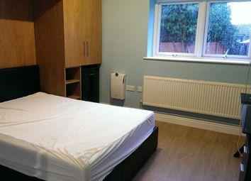 Thumbnail Studio to rent in Burnham Gardens, Hounslow, Greater London