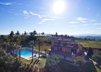 Thumbnail 3 bed villa for sale in Teramo, Teramo (Town), Teramo, Abruzzo, Italy