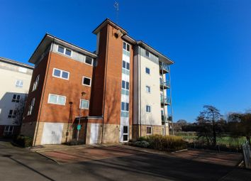 Thumbnail 1 bed flat for sale in Kempton Drive, Warwick