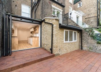 Thumbnail 2 bed flat to rent in Surrendale Place, London