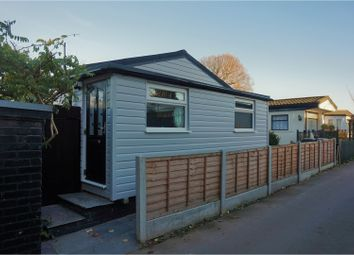 Thumbnail 2 bedroom mobile/park home for sale in The Elms, Loughton