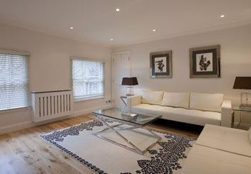Thumbnail 1 bed terraced house to rent in Grosvenor Hill, Mayfair