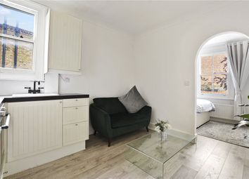 Thumbnail 1 bedroom flat to rent in Fulham Park Gardens, London