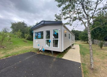 Thumbnail 3 bed mobile/park home for sale in Sleaford Road, Tattershall, Lincoln