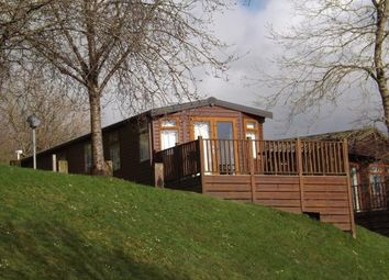 Thumbnail 2 bed mobile/park home for sale in Finlake Holiday Park, Chudleigh, Devon
