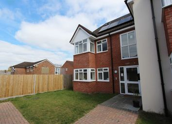 Thumbnail 3 bedroom flat to rent in Warren Avenue, Shirley, Southampton