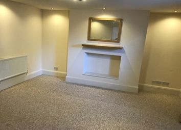 Thumbnail 1 bed flat to rent in Clarence Square, Cheltenham
