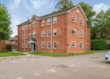 Thumbnail 2 bed flat to rent in Montfort Close, Romsey
