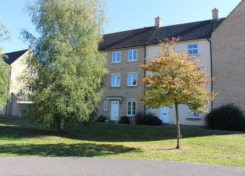Thumbnail 3 bed town house to rent in Stickleback Road, Calne