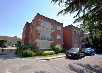 Thumbnail 2 bed flat for sale in Hendon Lane, Finchley, London
