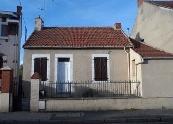Thumbnail 1 bed property for sale in Auvergne, Allier, Montlucon