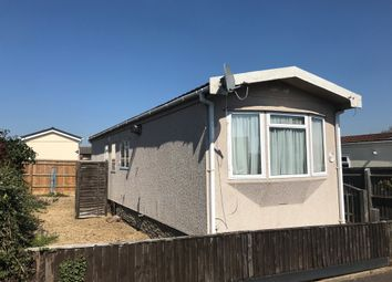 Thumbnail 1 bed mobile/park home for sale in Kennett Place, Didcot