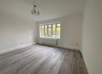 3 bed flat to rent in Jackman Street, London E8