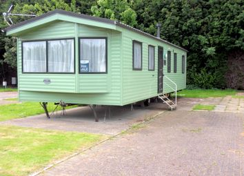 Thumbnail 3 bed mobile/park home for sale in Silverhill Holiday Park, Lutton Gowts, Lutton, Spalding, Lincolnshire