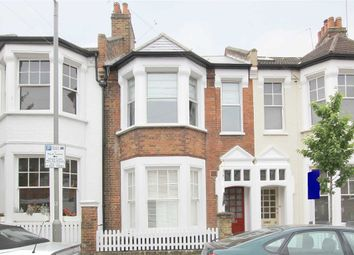 Thumbnail 2 bed flat to rent in Garfield Road, London