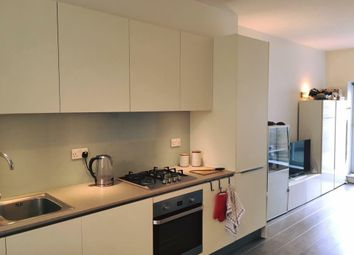 Thumbnail 1 bed flat to rent in Amersham Road, New Cross, London