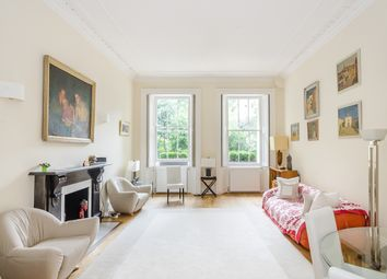 Thumbnail 3 bedroom flat to rent in Warwick Square, London